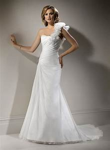 blog for dress shopping wear tight fitting wedding gowns With tight wedding dresses