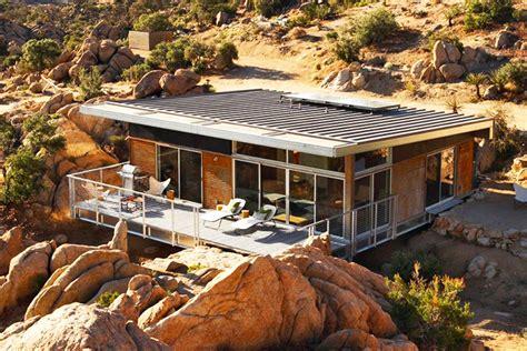 designer living 8 gorgeous eco homes designed for the desert