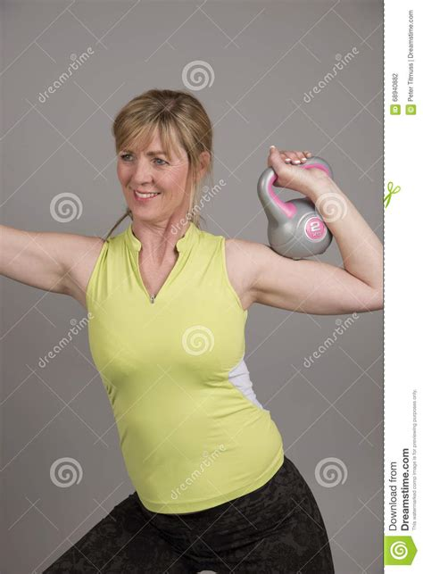 kettle bell weight using woman slimming aged