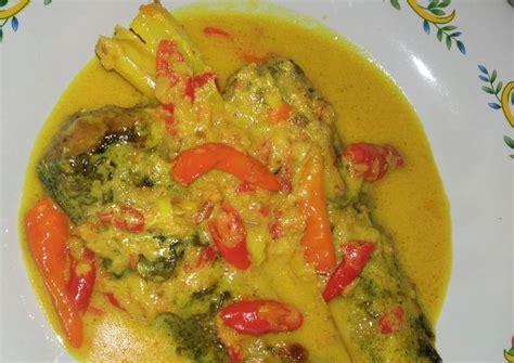 Resep mangut lele goreng di atas dapat untuk 4 porsi makan. Resep Mangut Lele oleh Arma Ferida Rohmani - Cookpad