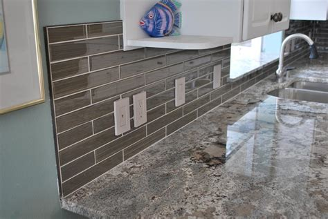 Backsplash Glass Tile Edging by Apollo Custom Construction Serving Blaine Bellingham
