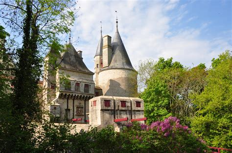 de roche pot di rochepot castlesintheworld