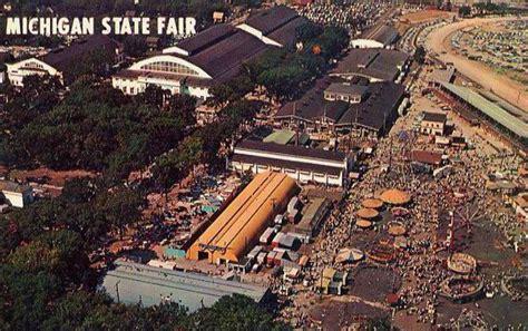 aerial pictures  michigan  theatres auto racing