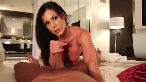 Now Giving Some Nice Pole Muffdiving Amazing Stepmom Kendra Brutal Tries Her Stepdad A Fantastic Oral Gonzo