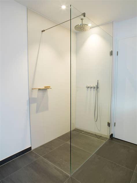 Offene Dusche Ohne Tür by Ehrf 252 Rchtig Begehbare Dusche Ohne T 252 R Im Gesamten Offene