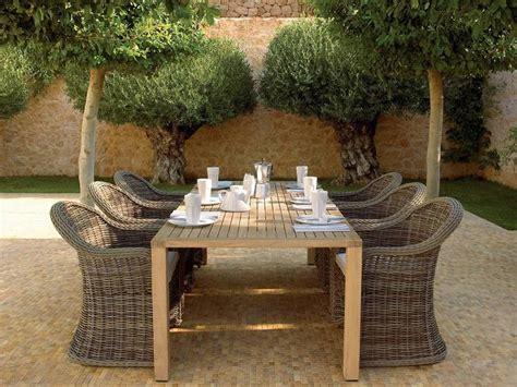 Table Et Fauteuil De Jardin En Rotin by Salon De Jardin En Teck De L 233 L 233 Gance Et Du Luxe En