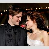 Hayley Williams And Robert Pattinson | 409 x 360 jpeg 40kB