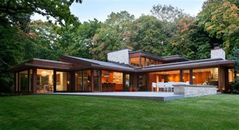 Mid century Modern Homes & Contemporary Style Houses