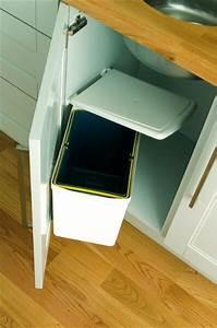 Under-Sink Waste Bin - 16 Litres Lark & Larks