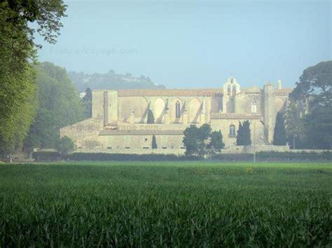 chambres d hotes dans l herault l 39 abbaye de valmagne guide tourisme vacances