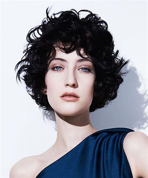 Curly hair 2019 models suitable for women s face shapes