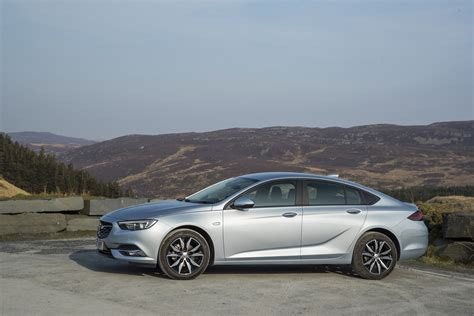 vauxhall insignia grand sport pictures of car and videos 2017 vauxhall insignia grand