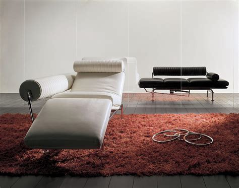 chaise longue d interieur design chaise longue relax interieur 28 images lounge chair in chrome metal leather covering