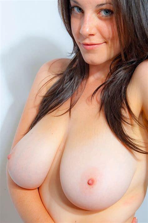 Cute Busty Girl Nude Xxx Pics Fun Hot Pic