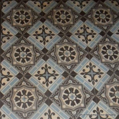 a small 4m2 antique ceramic floor the antique