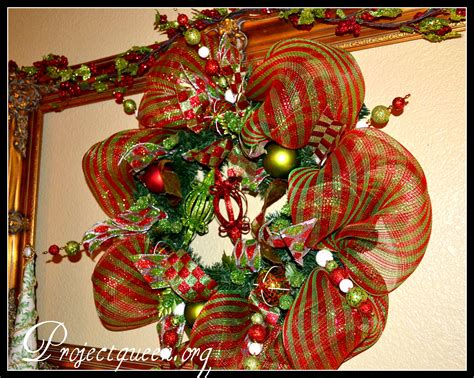 how to make mesh garland with lights mesh christmas wreath tutorial re posted from last year