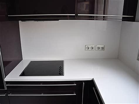 prise electrique cuisine idée credence cuisine prise electrique crédences cuisine