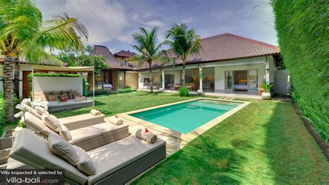 Sahana Villas In Seminyak, Bali (3 Bedrooms)