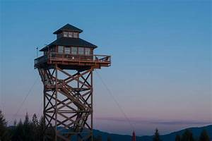 Enjoy a unique vacation at this old-fashioned fire lookout ...