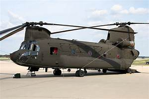 U.S. Army Boeing CH-47D Chinook Helicopter # 91-0259 - a ...
