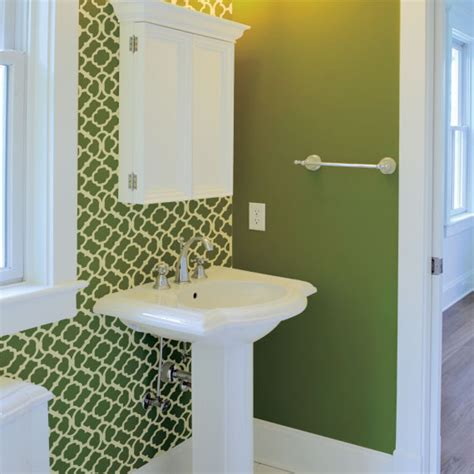 moroccan bathroom green  white painted stencil