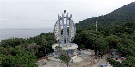 mengunjungi tugu kilometer nol indonesia  kota sabang