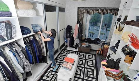 Rich Closet by Former Nanny Turns Ocd Into Business By Helping Rich