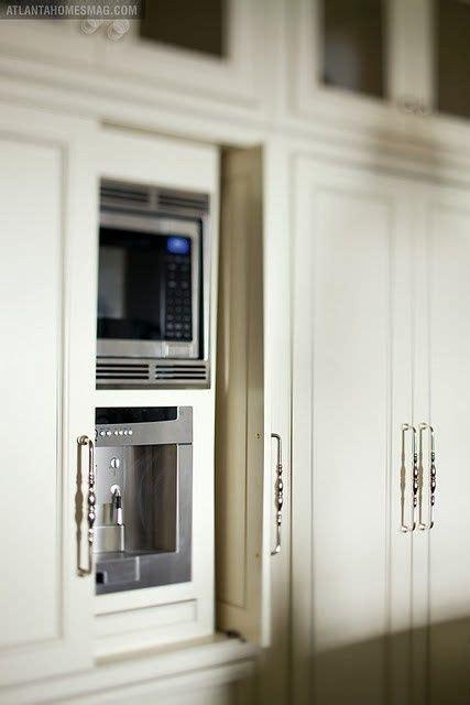 cabinet doors  swing open