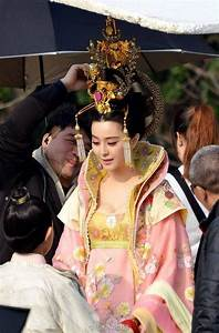 Sartorial Adventure — Costumes for The Empress of China ...