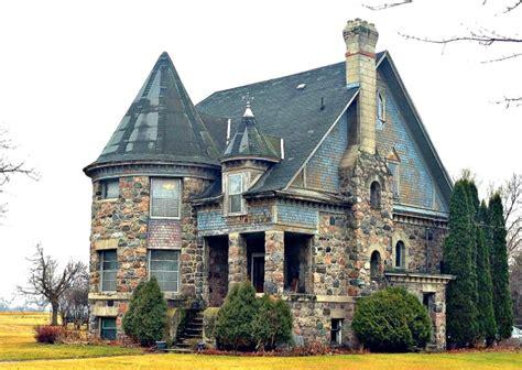 top  coolest houses  minnesota