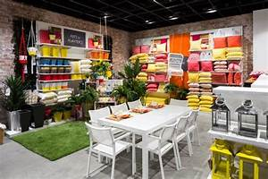 Best 25 Furniture Store Display Ideas On Pinterest