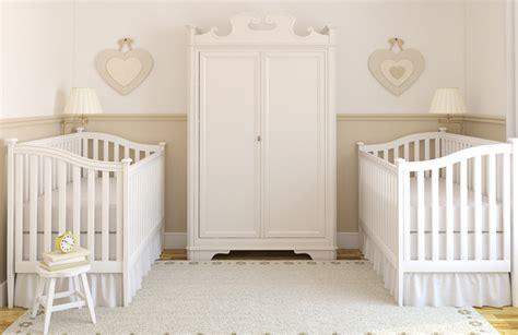 décorer chambre bébé meubler decorer chambre bebe jumeaux accueil design et