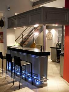 Bar De Maison : exemple de bar dans une maison ~ Teatrodelosmanantiales.com Idées de Décoration