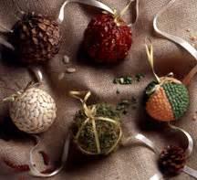 11 easy homemade christmas ornaments for kids favecrafts com