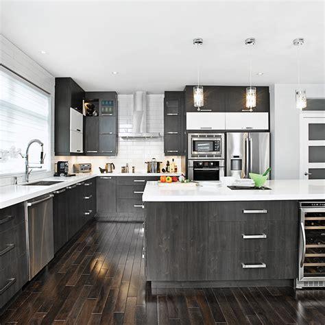 cuisine stratifié ou mélaminé magie et blanche dans la cuisine cuisine