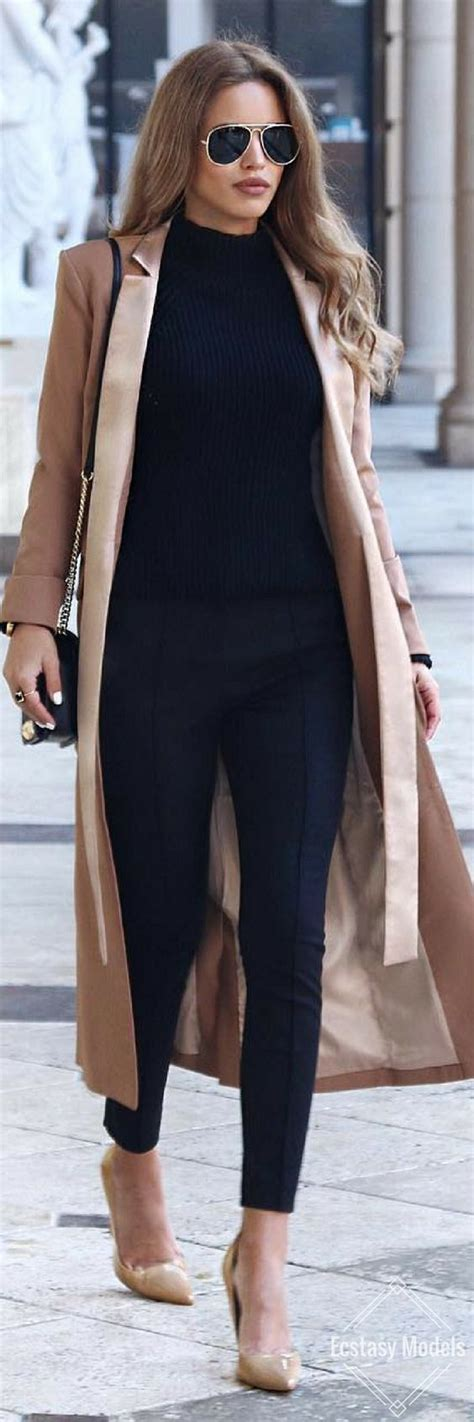 For a simple yet stylish work look try all black with camel-colored shoes and coat. Let Daily ...