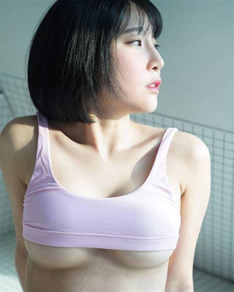 강인경에 있는 썸넬님의 핀 모델 몸매좋은 여자 및 여성