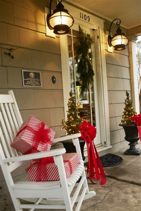 christmas ideas  christmas front door entry  porch