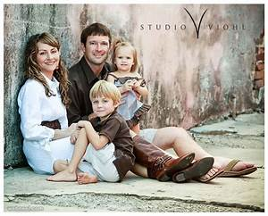 family portrait ideas by viohlstudio 3