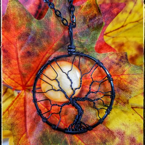 si鑒e social orange moon tree of pendant spooky tree wire