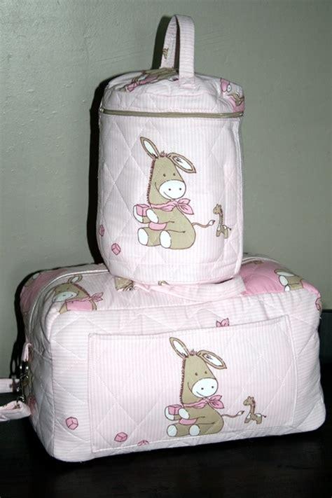 trousse de toilette maternite maman sac et trousse de toilette maternit 233 grossesse dorykiwi photos club doctissimo