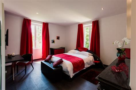 chambre d hote frontiere espagnole rénovation d 39 un château dans le périgord a3 design