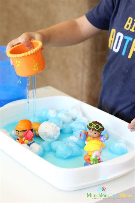weather art projects for preschoolers weather sensory activity munchkins and 801