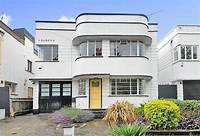art deco homes On the market: Four-bedroom 1930s art deco property in Southgate, London N14 - WowHaus