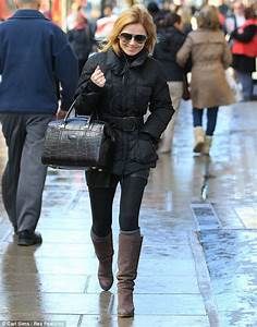 Geri Halliwell carries her six-year-old daughter Bluebell ...