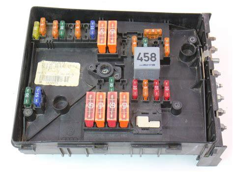 fuse relay block  vw jetta mk tdi  hood engine
