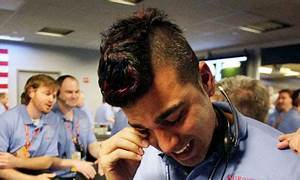 Mars rover Curiosity: upstaged by Nasa mohawk guy | News ...
