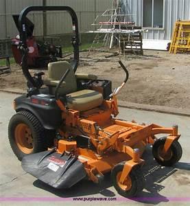 2010 Scag Tiger Cub Zero Turn Lawn Mower