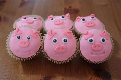 pig cupcakes party ideas pinterest