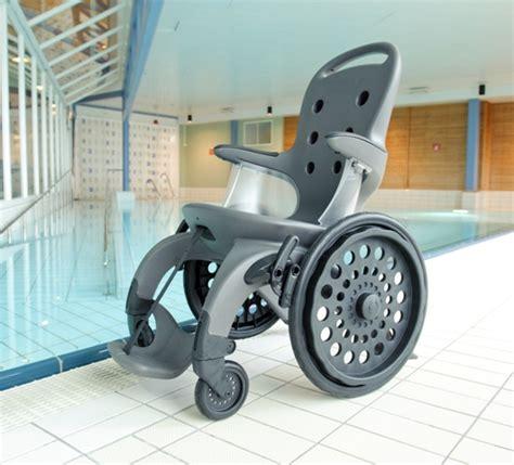 chaise de pour handicape easyroller fauteuil roulant pour centre aquatique
